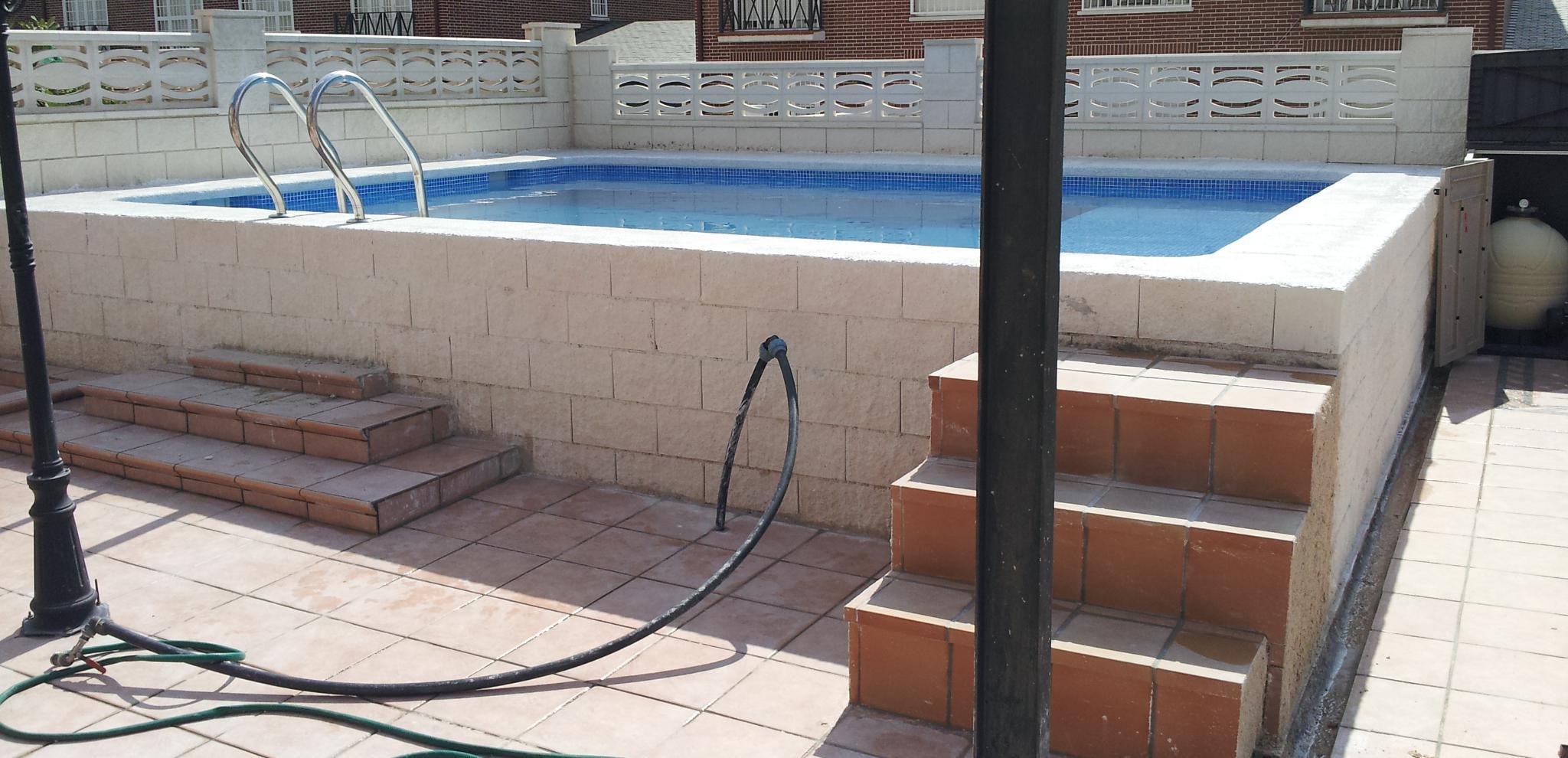 Foto 7 de piscinas instalaci n y mantenimiento en cubas for Cubas de agua para piscina