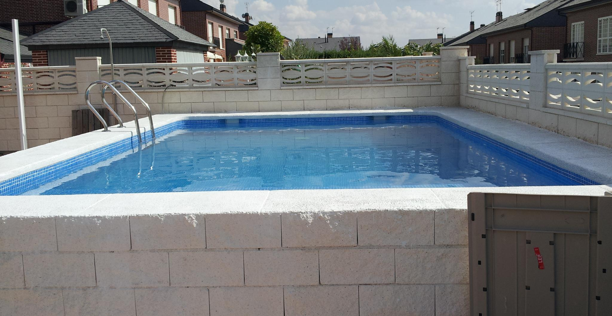 Foto 7 de piscinas instalaci n y mantenimiento en cubas for Cubas de agua para llenar piscinas