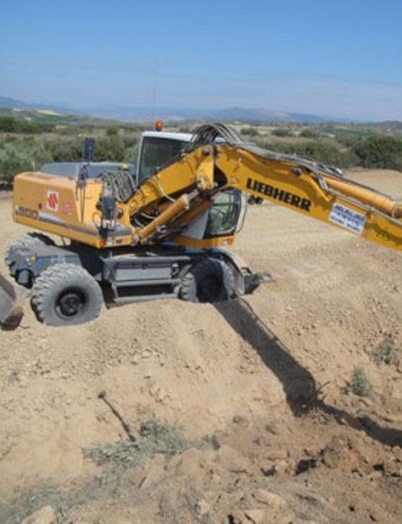 Foto 8 de Excavaciones en Artajona | Hermanos Sola Lorea