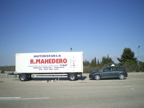 Autoescuelas con todos los permisos en Jaén