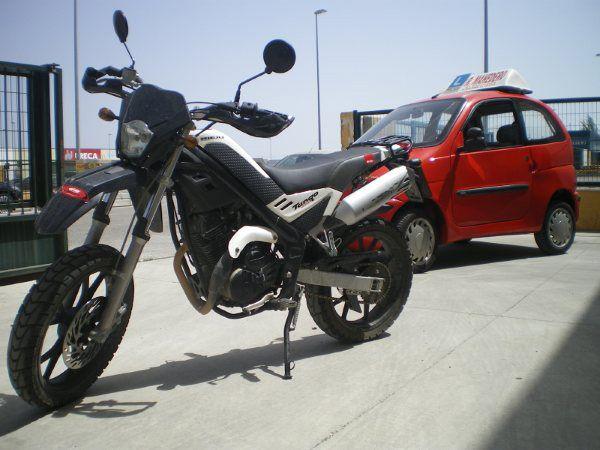 Autoescuela para sacarse el carnet de moto en Sabiote