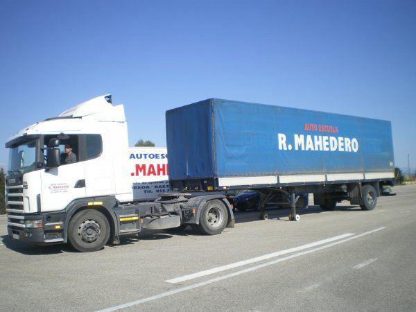 Obtención del permiso de camión C en Baeza