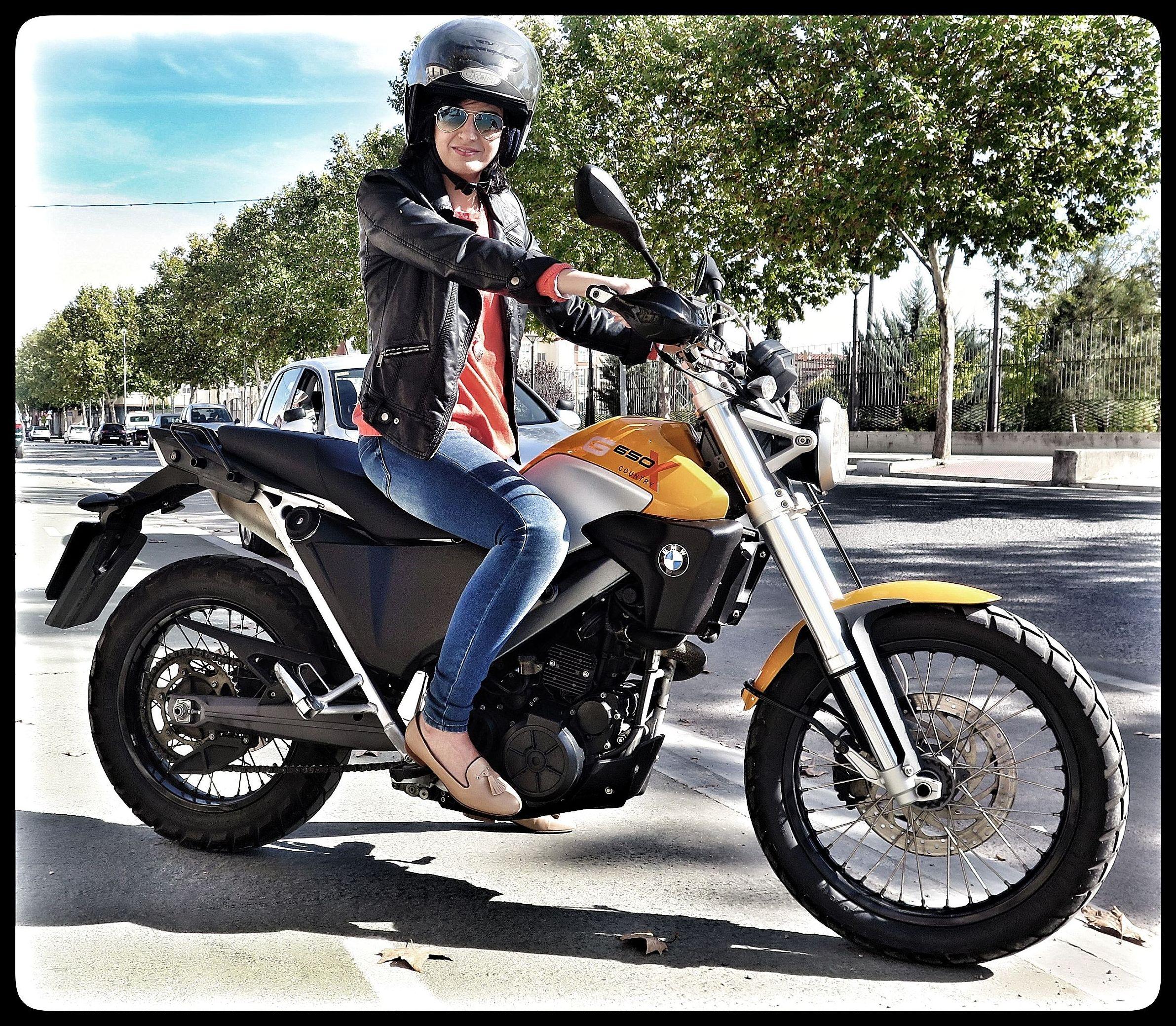 Autoescuela para obtener el carnet de moto en Úbeda