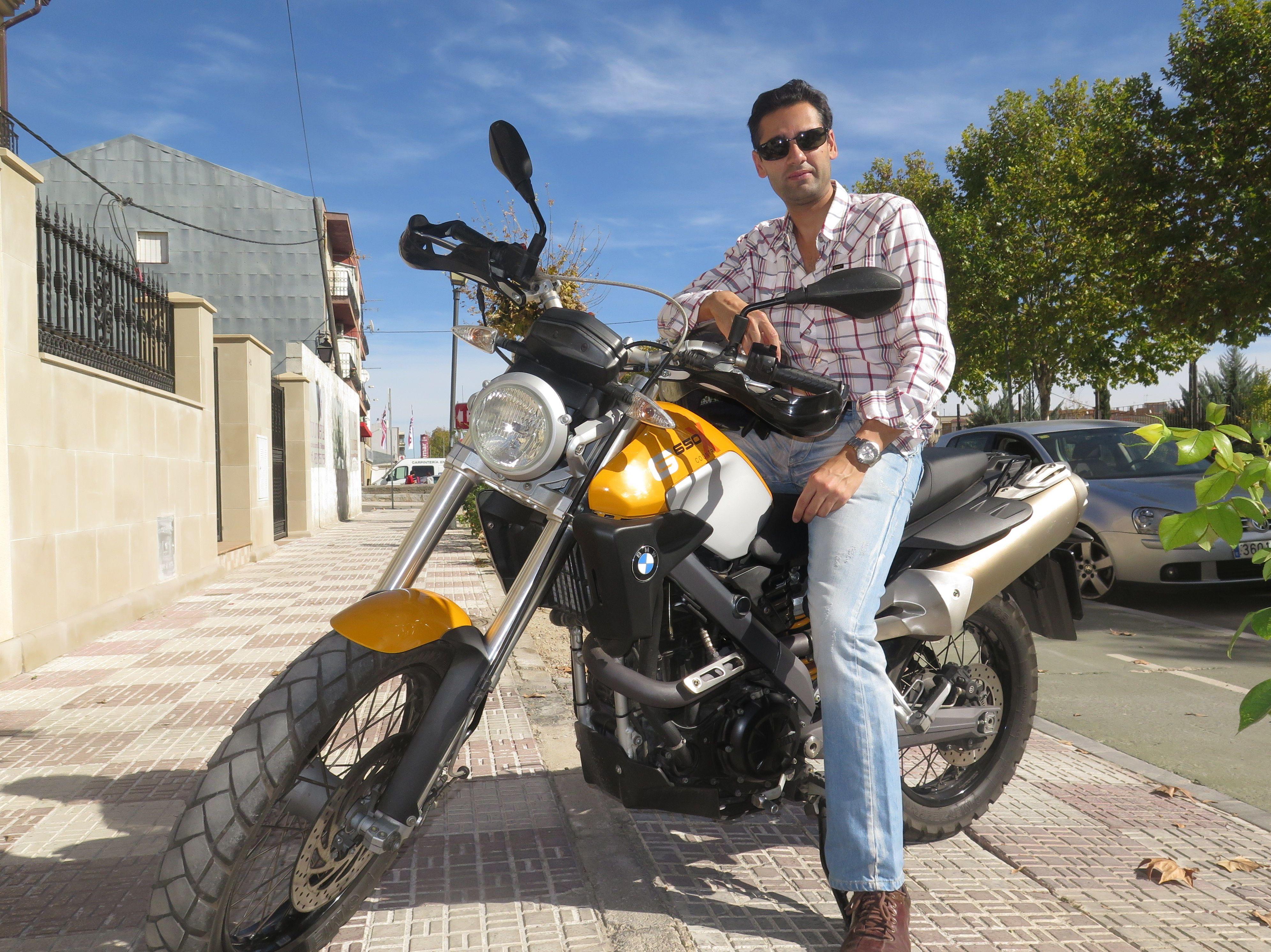 Autoescuela para el carnet de moto en Baeza
