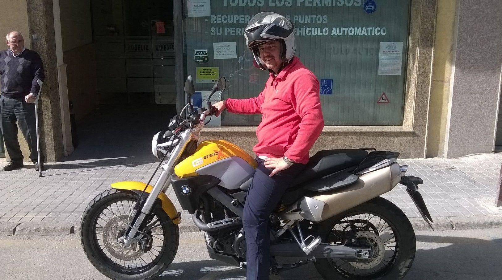 MOTO PERMISO A2