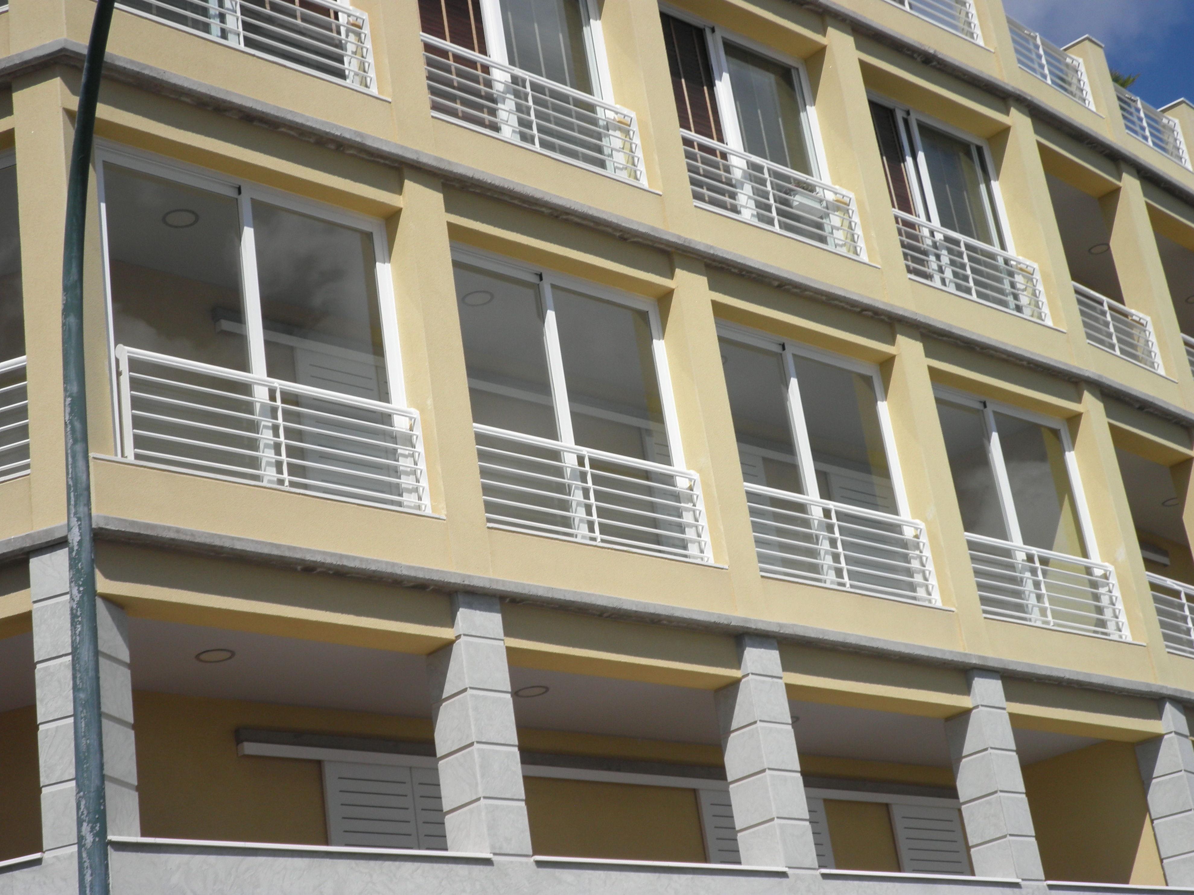 Terraza de aluminio y cristal