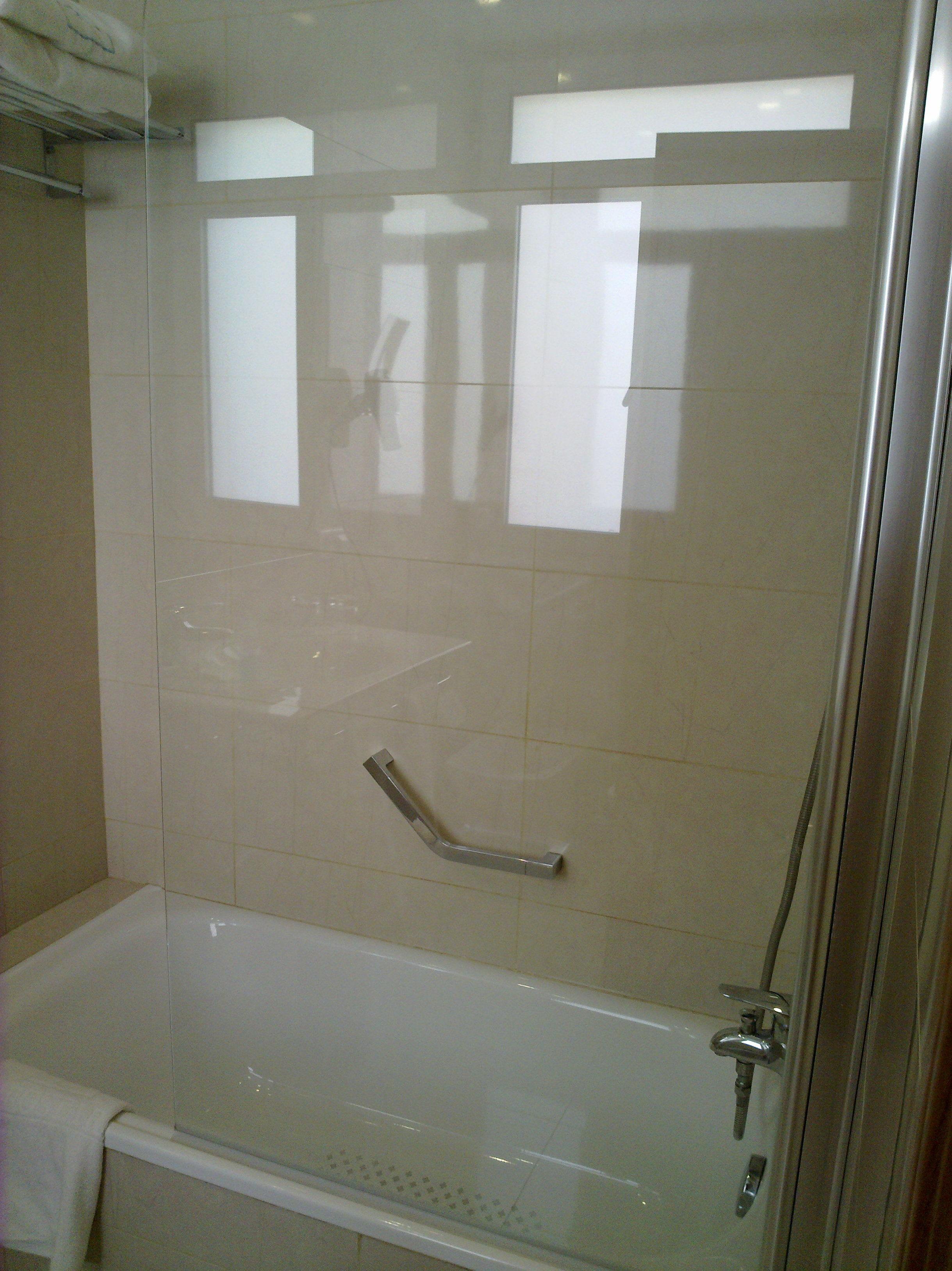 Instalación de mamparas para baño en Santa Cruz de Tenerife