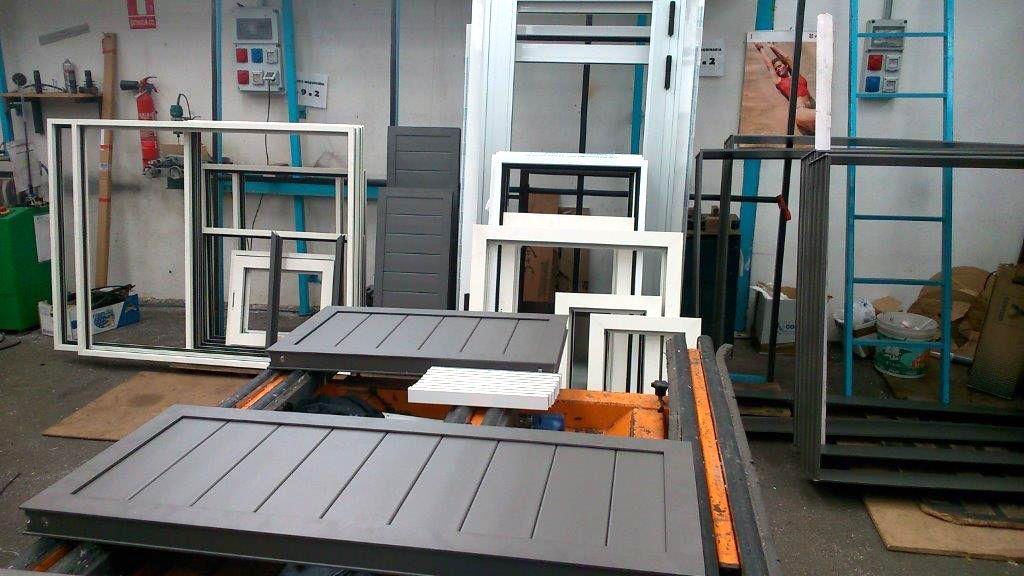 Foto 8 de Carpintería de aluminio, metálica y PVC en Las Mercedes | ALUMINIOS CARPAL