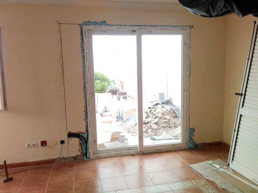 Fabricación y venta de puertas y ventanas de aluminio en Tenerife