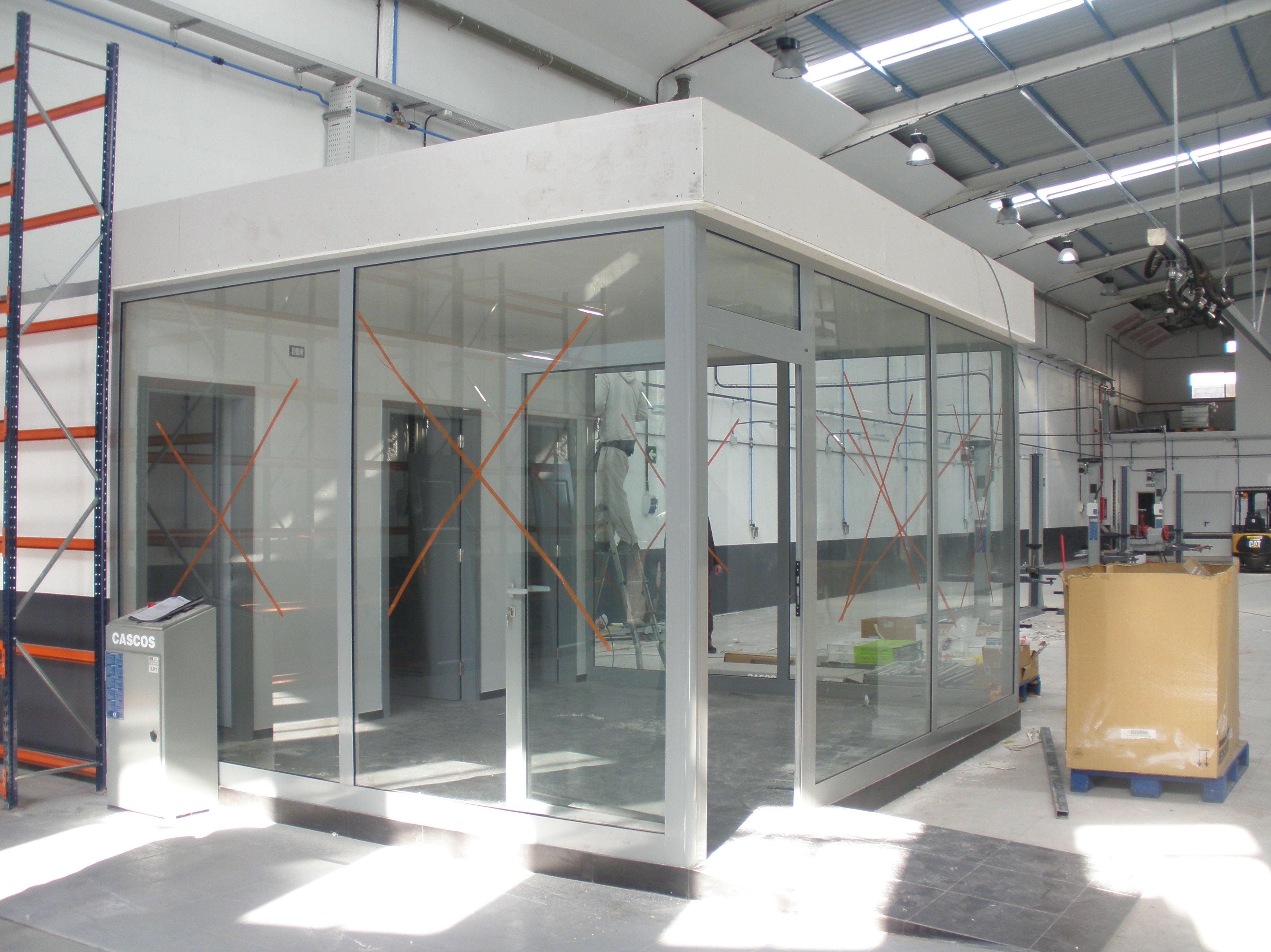 Trabajos de aluminio para la obra de Renault