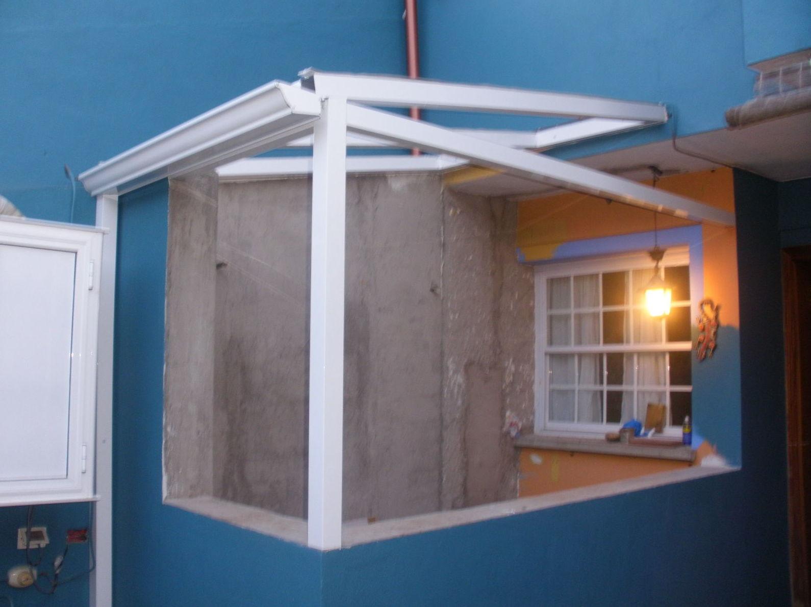Instalación de techo fijo de cristal