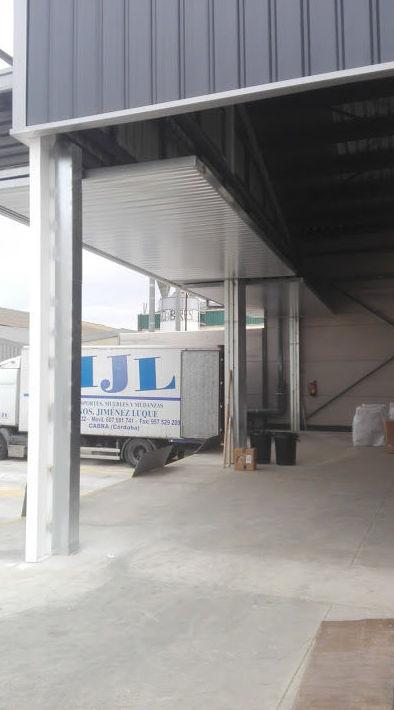 Puertas prelevas basculantes de contrapesos industriales
