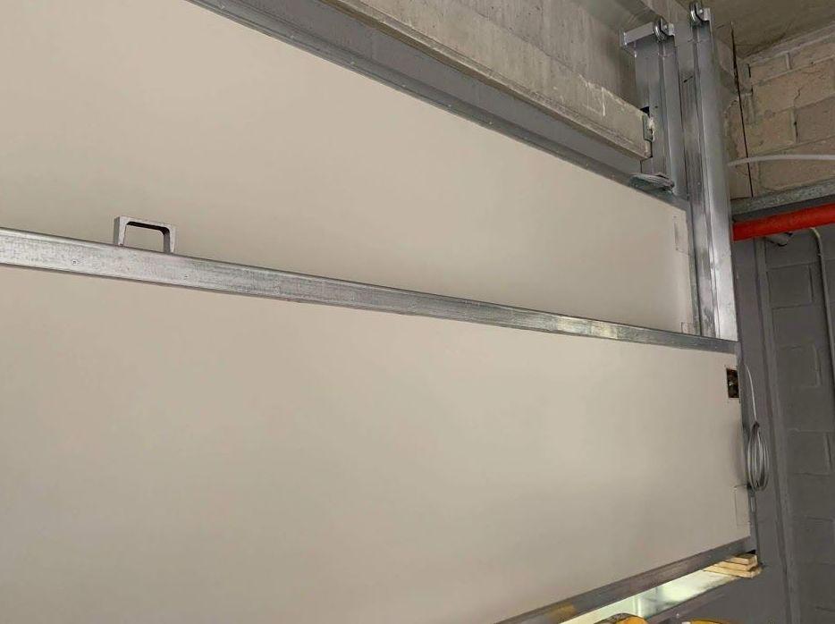 Foto 25 de Puertas automáticas en VALENCIA | Farem Puertas Automáticas