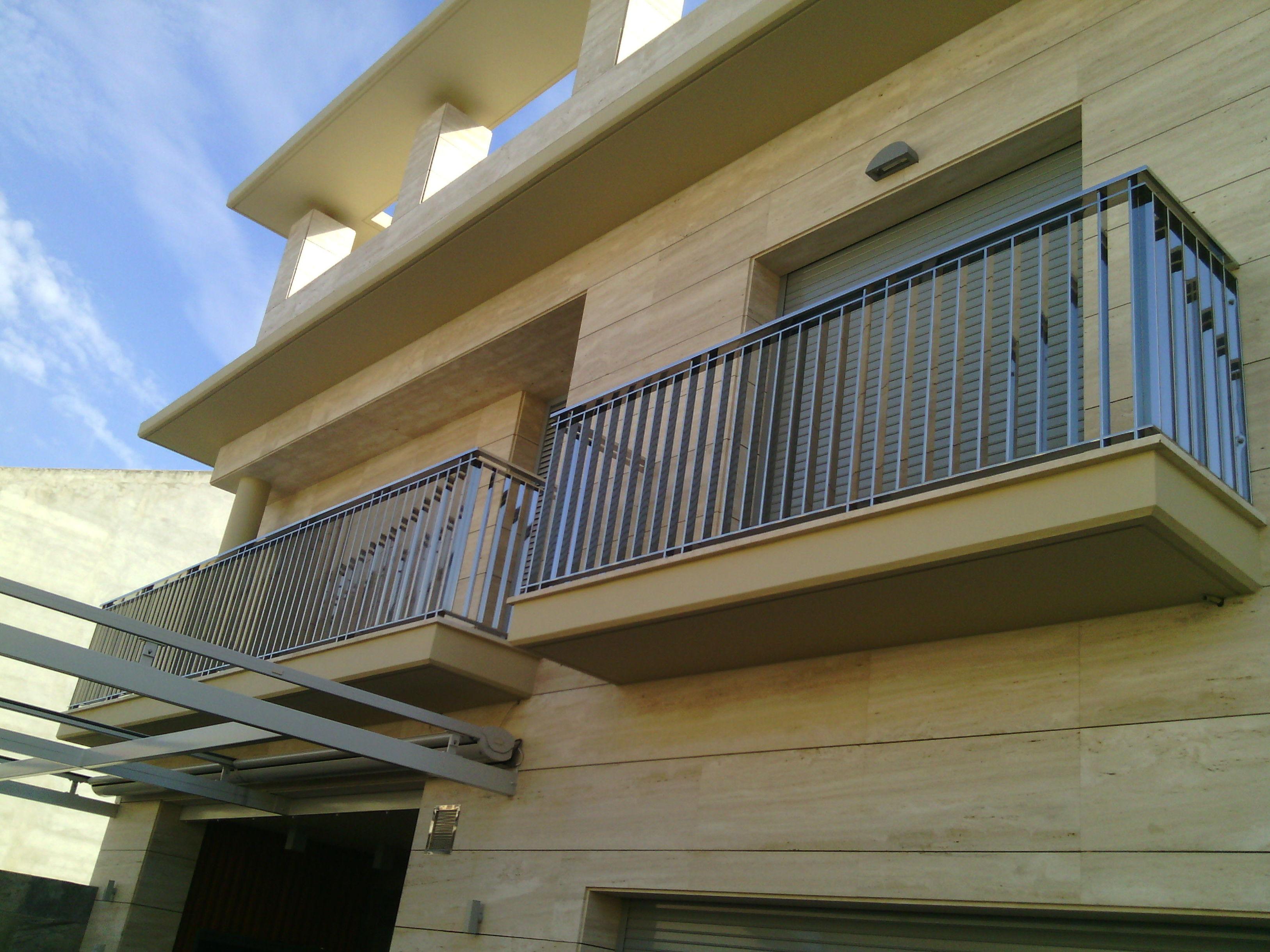 Barandilla para Balcón de Acero Inoxidable de barrotes