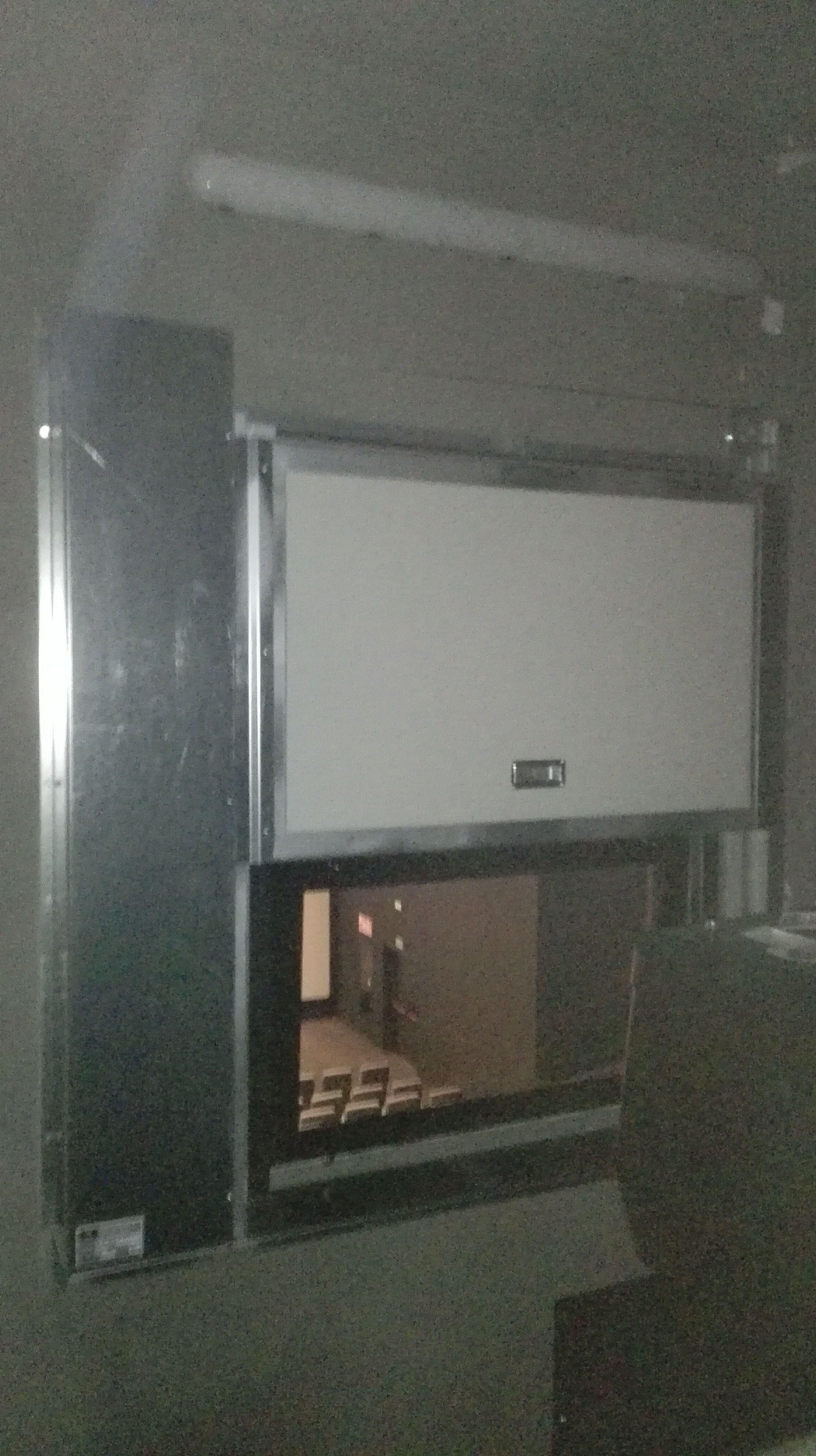 Ventana de guillotina de una hoja contra incendios reproductor de cine