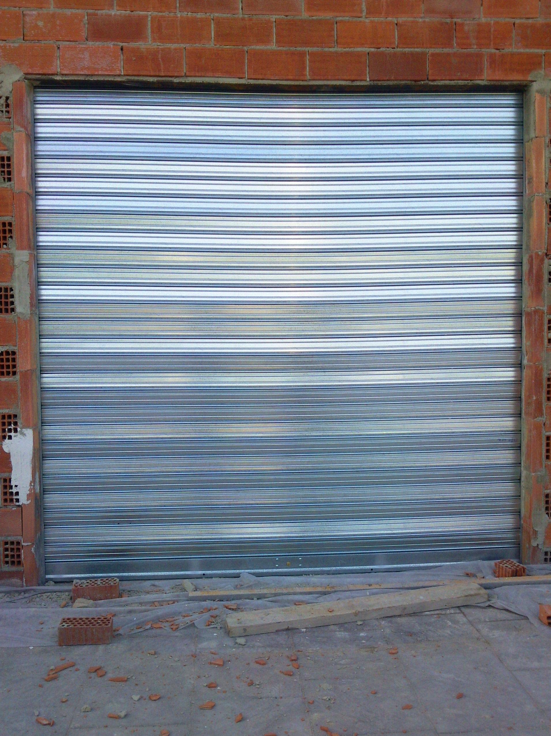 Puerta enrollable metálica galvanizada