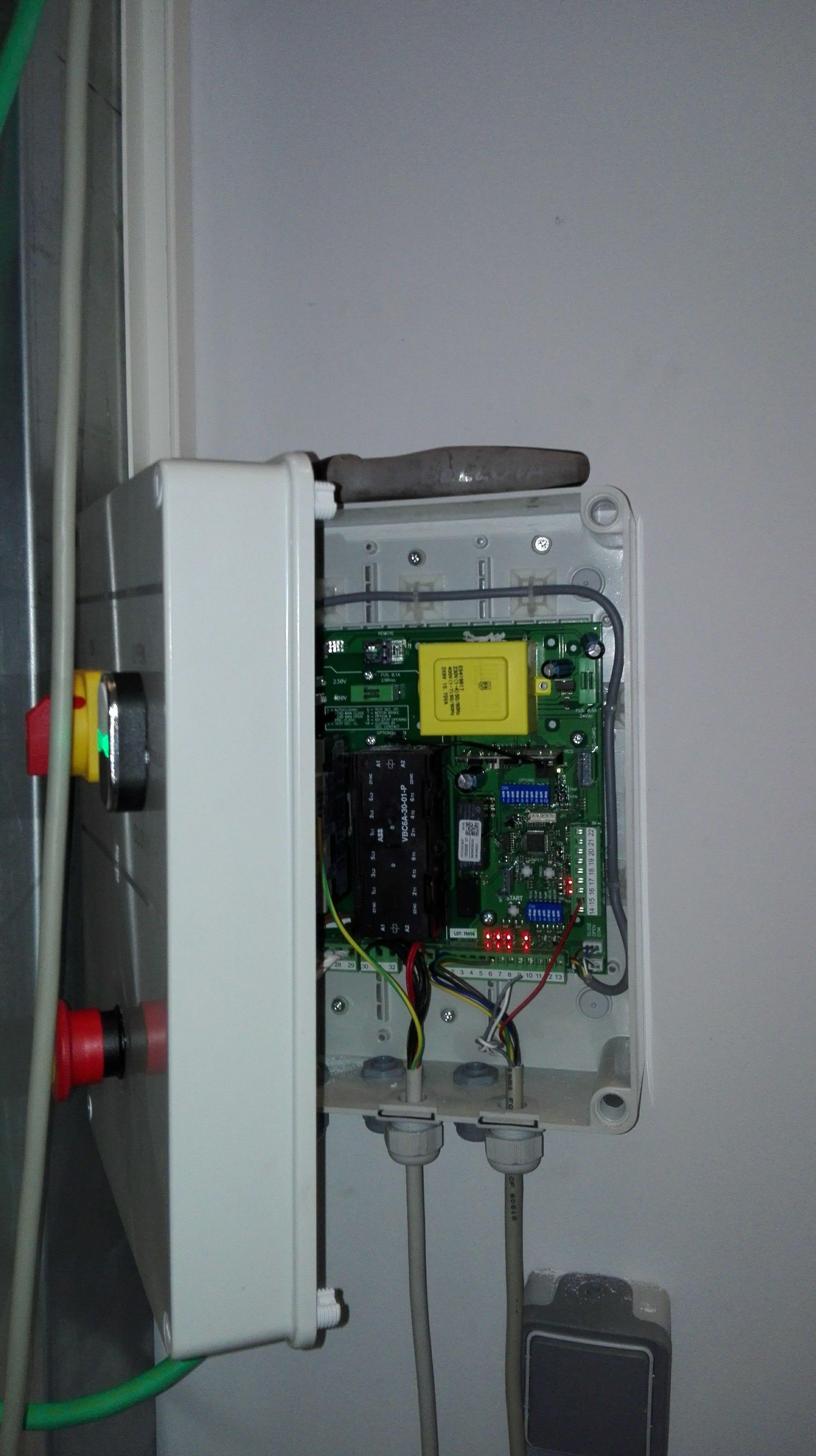Cuadro eléctrico de Puerta rápida de pvc automática enrollable