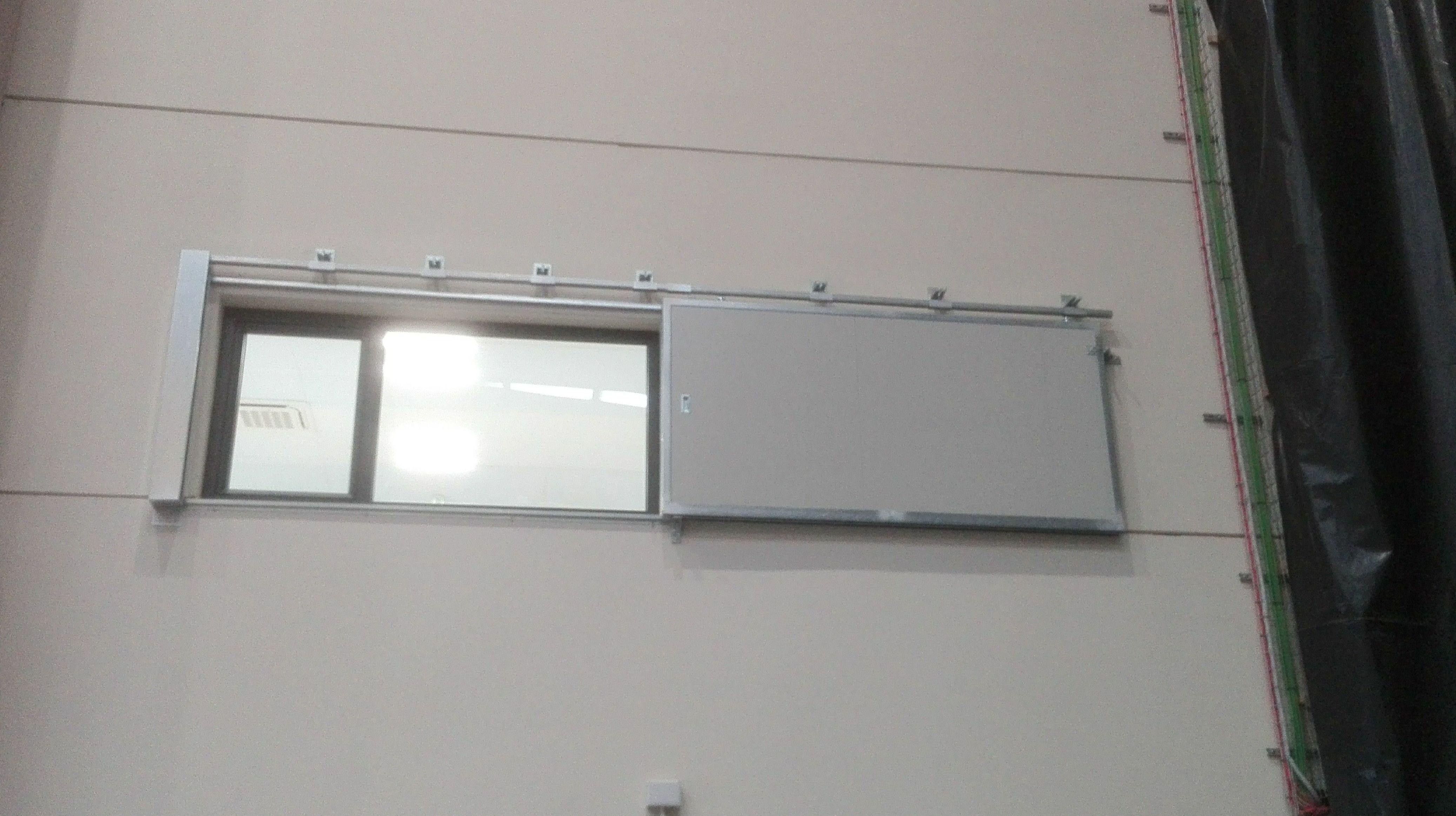 Puerta Corredera cortafuego tipo ventana contra incendios EI2-60 minutos