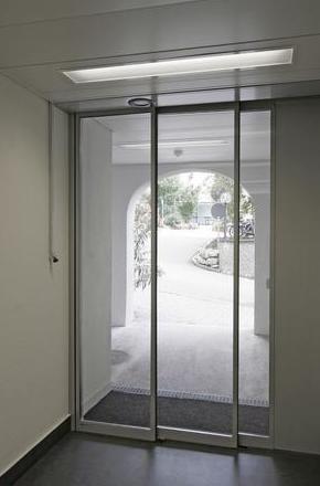Puerta de Cristal Rápida de 2 hojas telescópica
