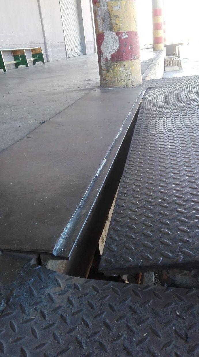 muelle de carga en silla descuadrada