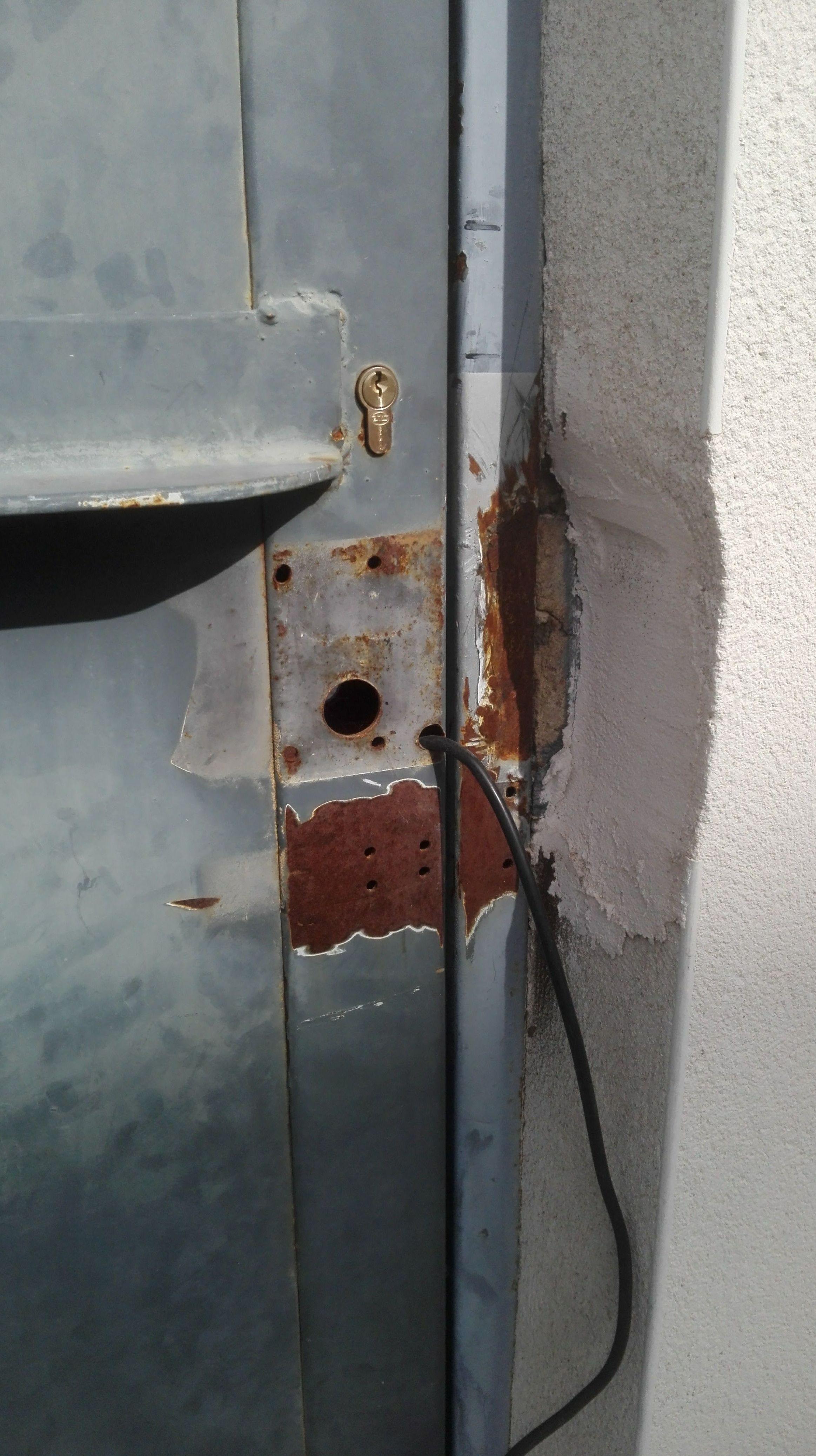 automatización de puerta batiente residencial en torrent electro cerradura