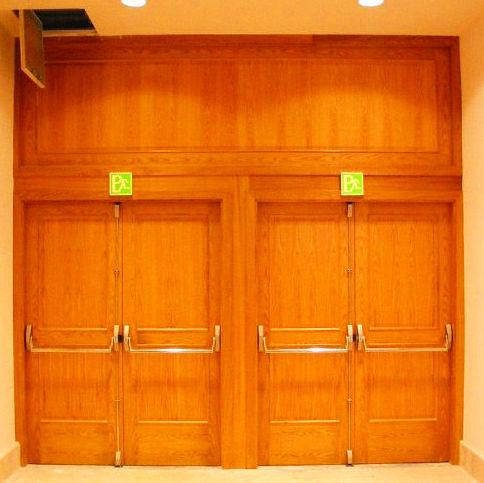 Puertas batientes cortafuegos de madera resistencia al fuego 30 y 60 minutos