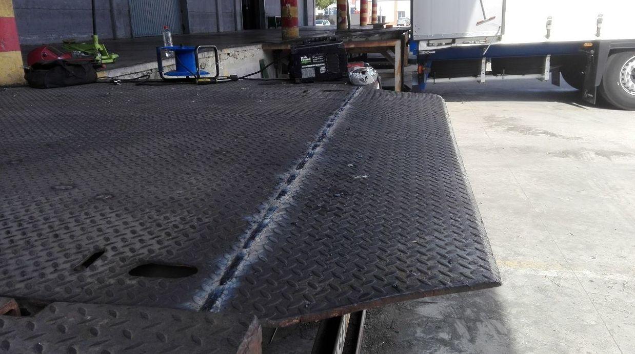Muelle de carga 12 toneladas en Silla reforzada y soldada