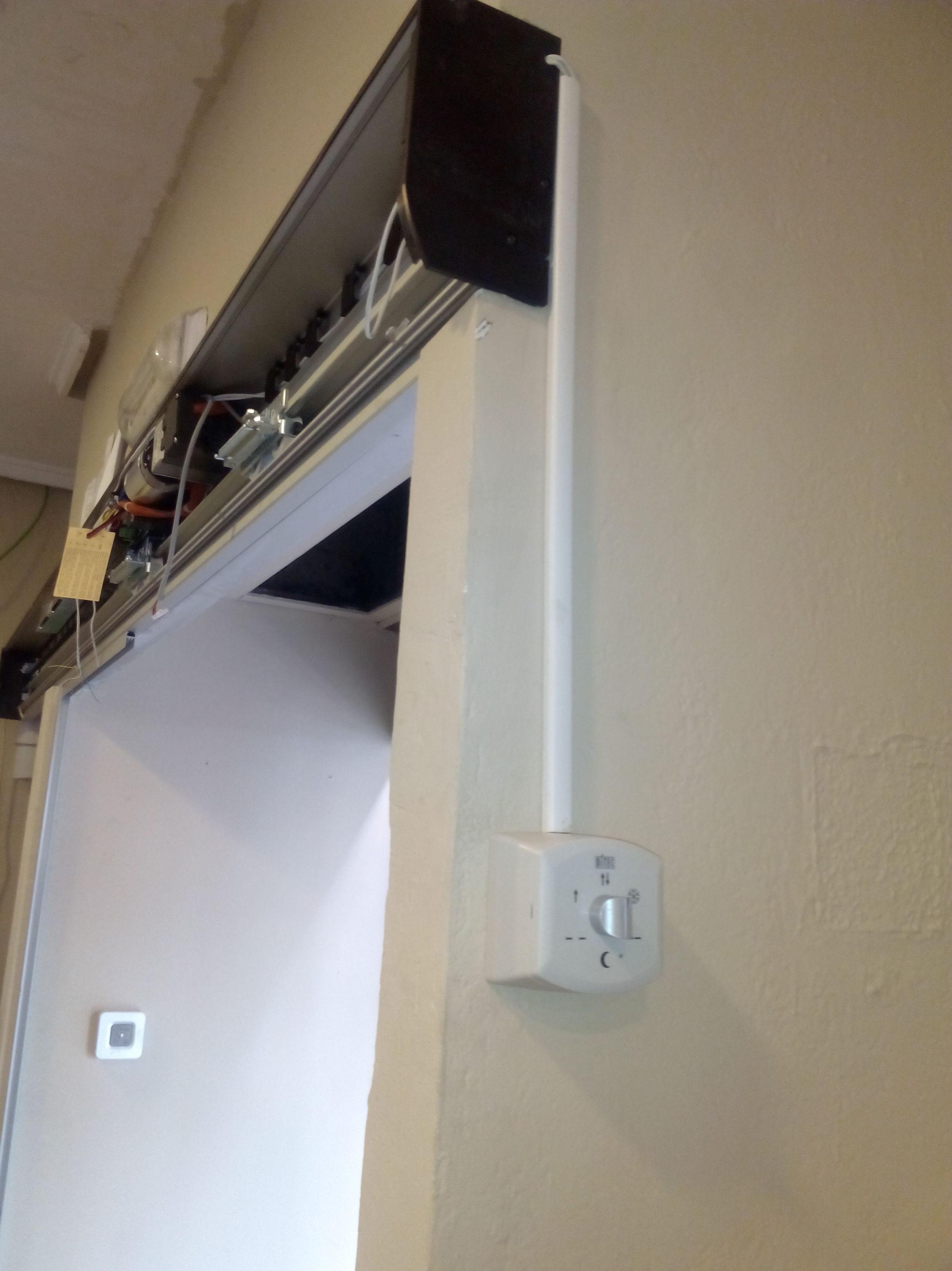 Panel de control selector analógico de puerta corredera automática de cristal