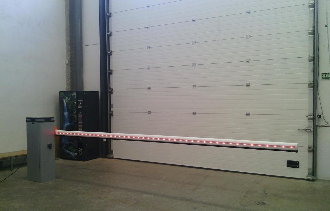 Barrera automática de aparcamientos leds