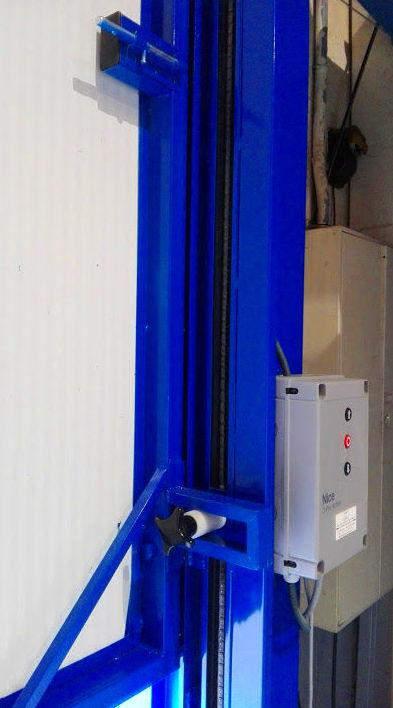 Motor lateral de puerta de guillotina industrial