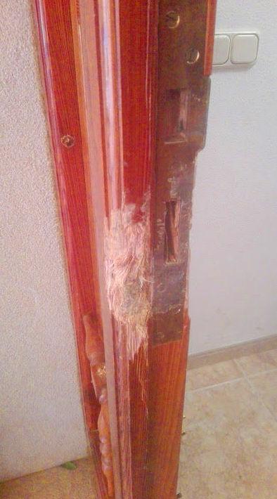 Arreglo premarco Puerta de madera mobila dañado