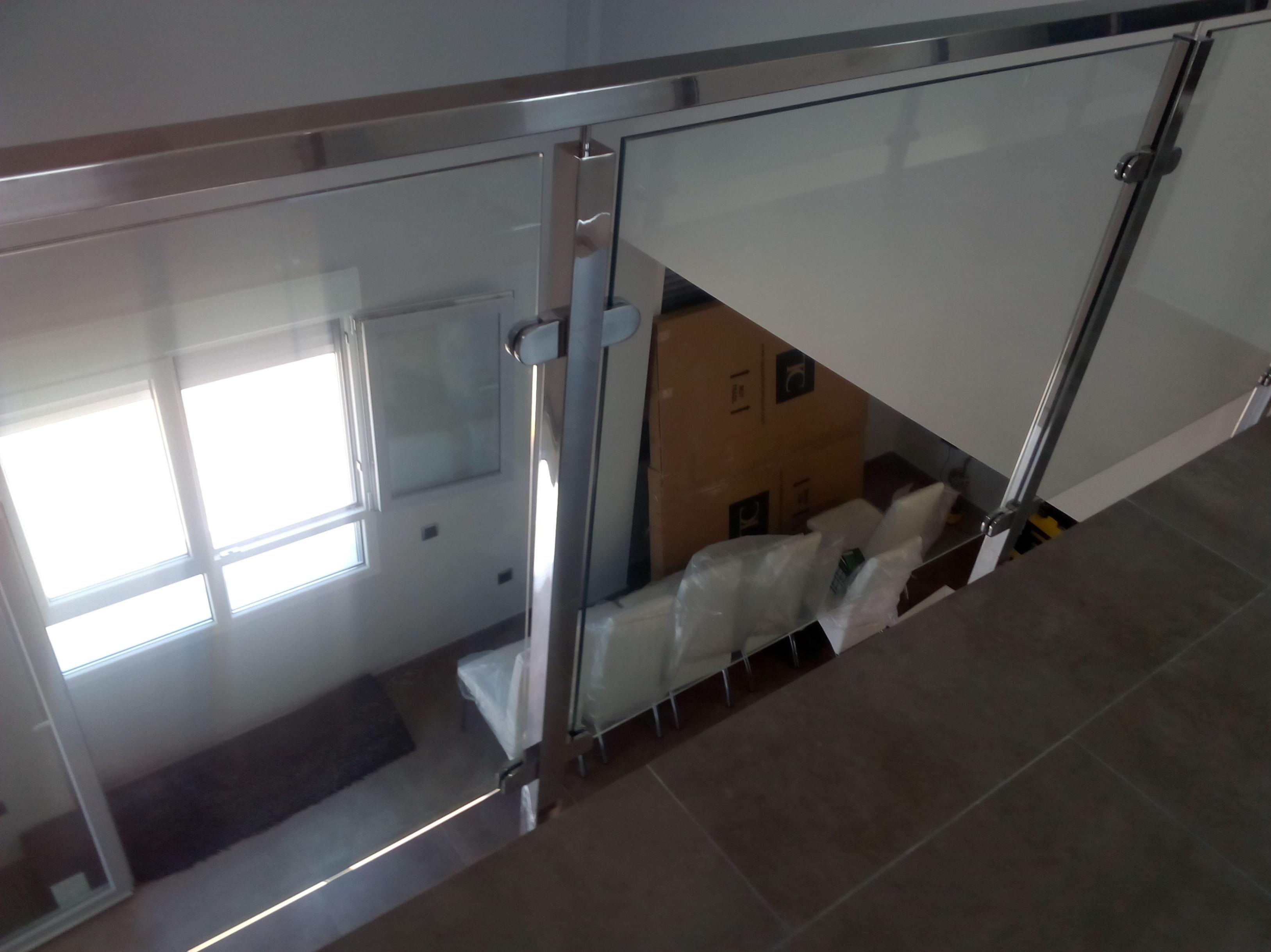 Barandilla de acero inoxidable vidrio transparente