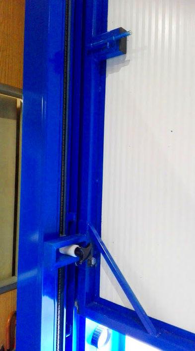 Motor tracción lateral de puerta de guillotina industrial