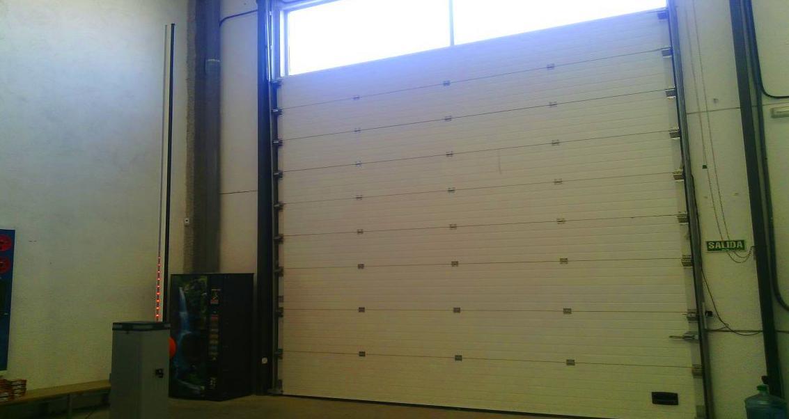 Barrera automática de aparcamientos