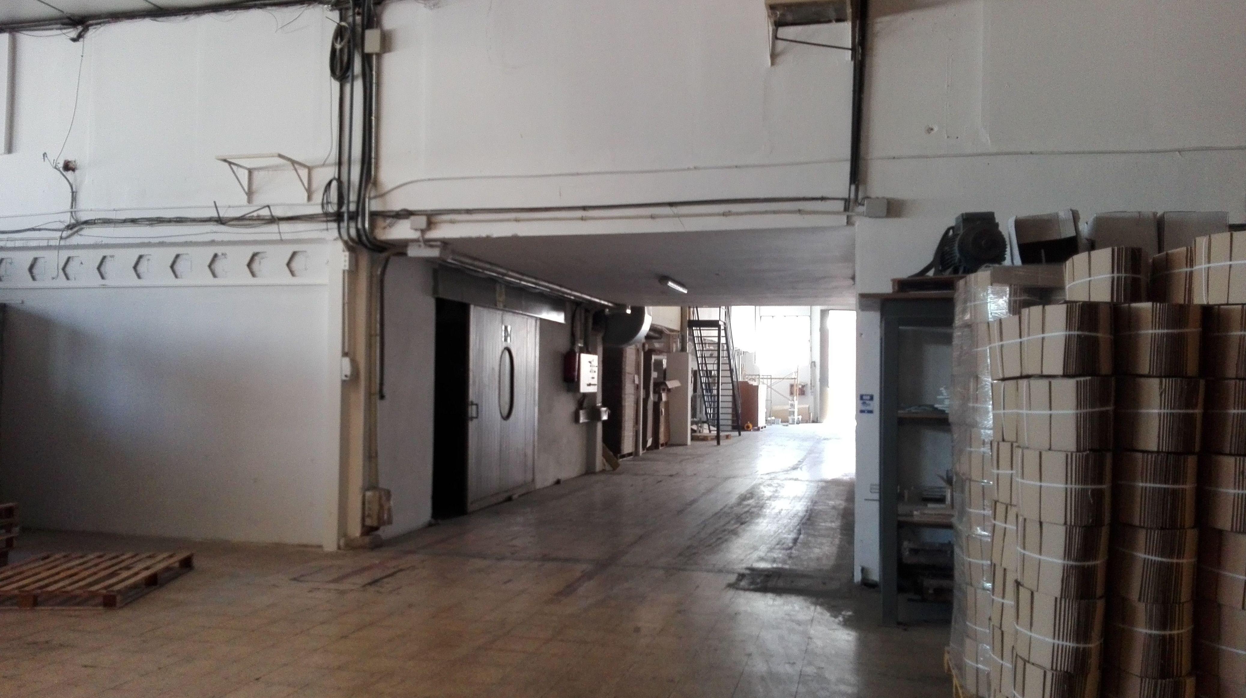 Preparación de hueco para instalación de puerta corredera cortafuegos de 1 hoja