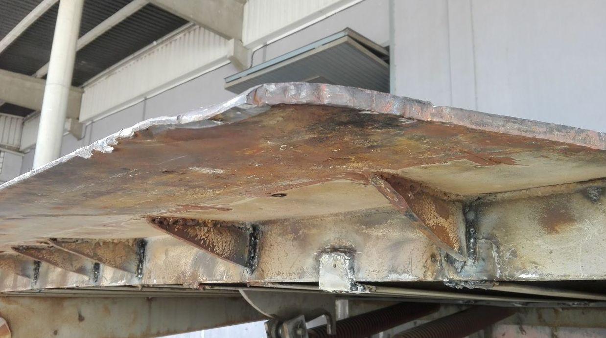 labio de apoyo reforzado en plataforma de carga en Silla