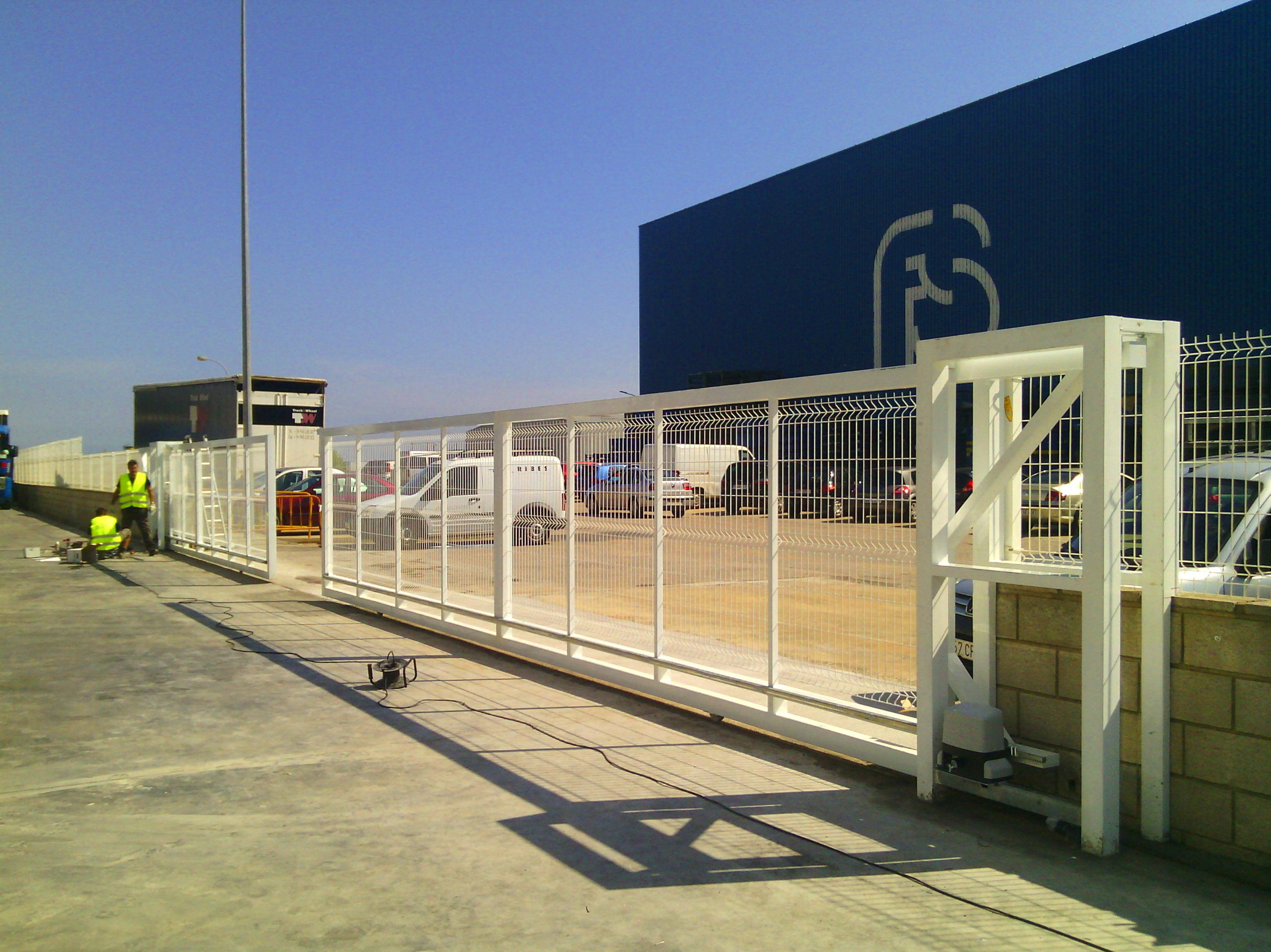 Cancelas Correderas Automáticas Industriales Hueco de 20 metros