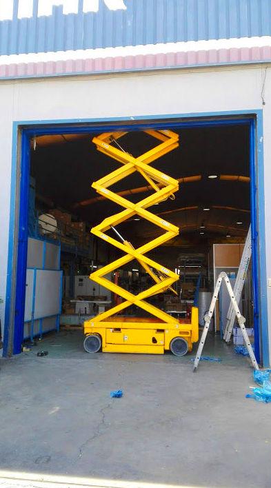 Elevador para Puerta guillotina industrial de panel