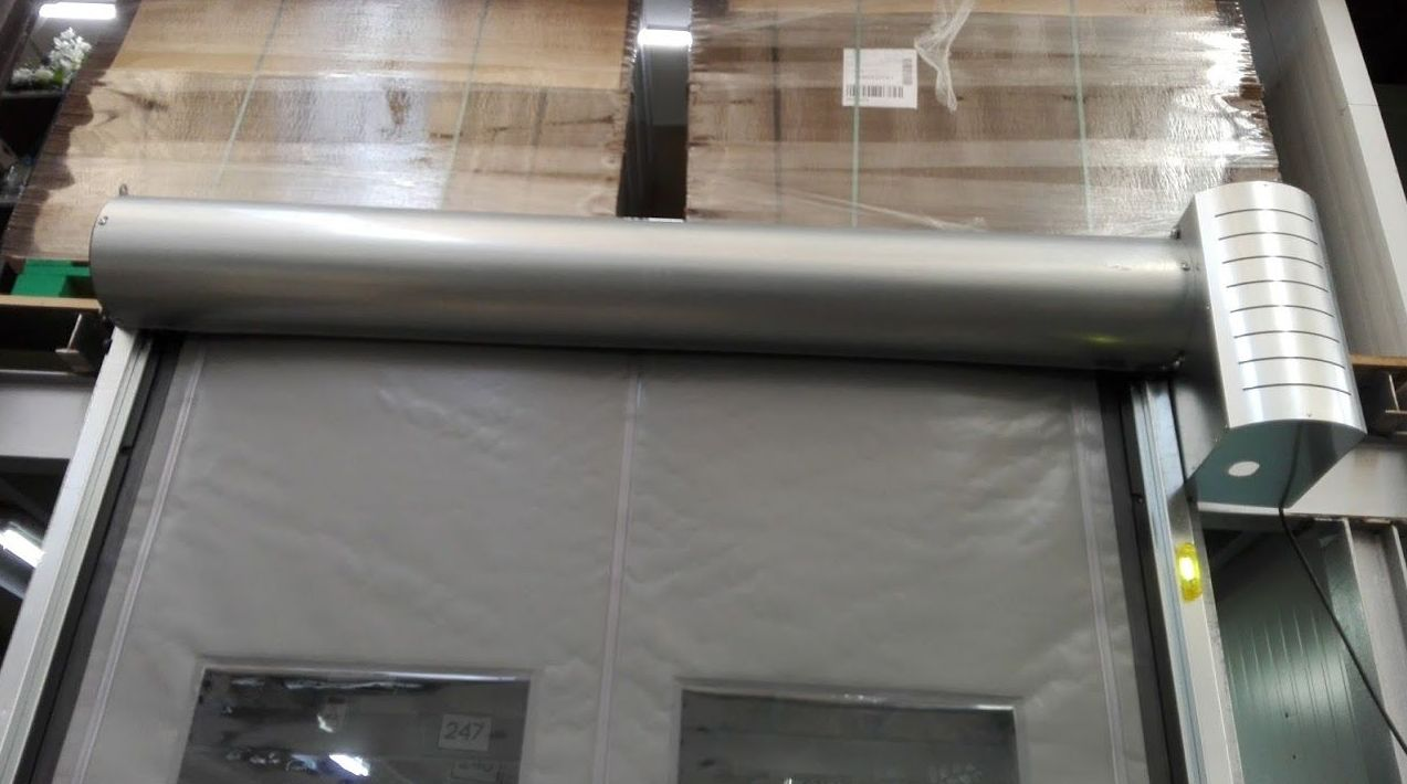 Puerta rápida de lona de pvc con cajón autorreparable auto full