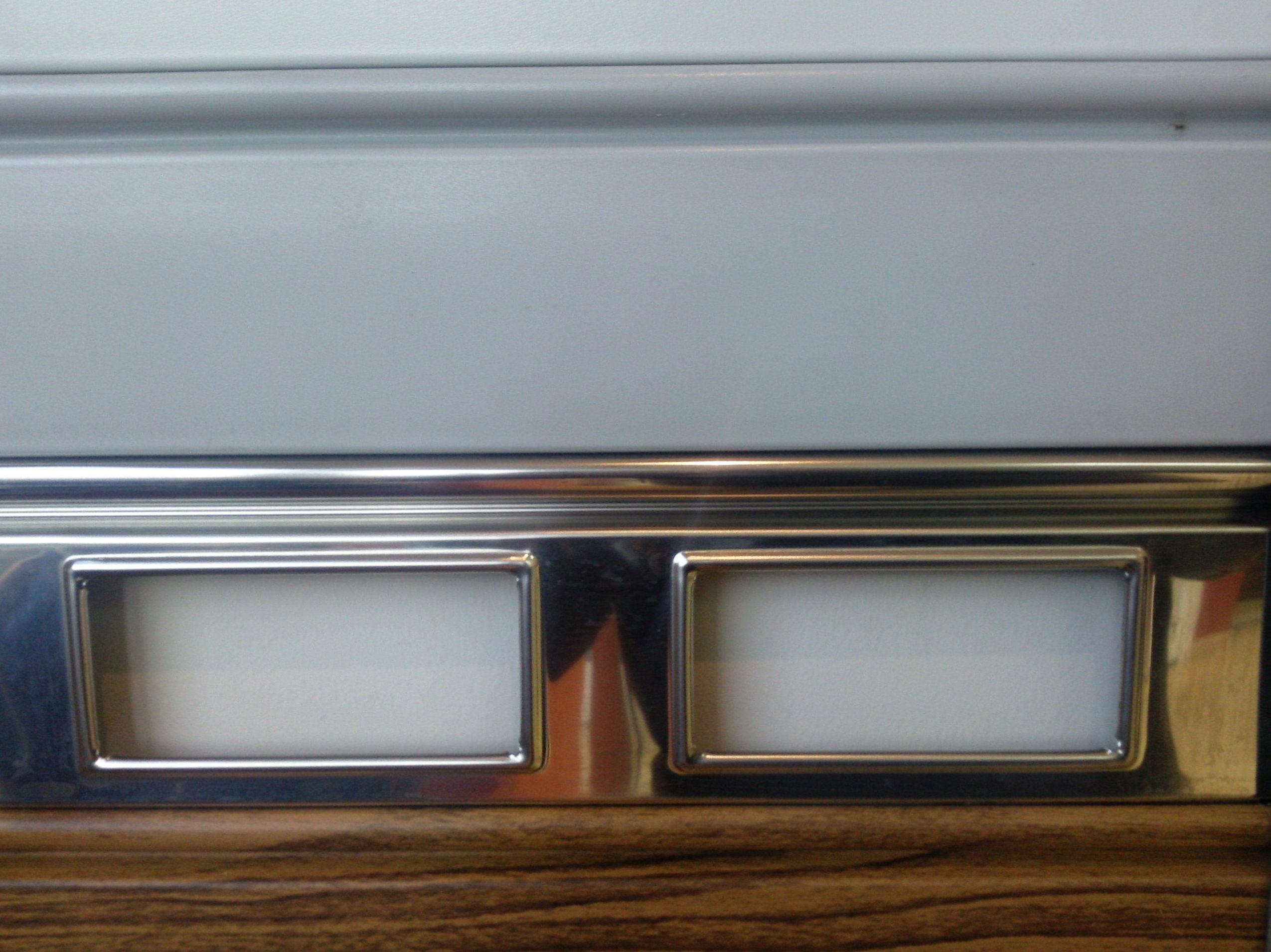 Lamas de puerta enrollable metálicas y acero inoxidable