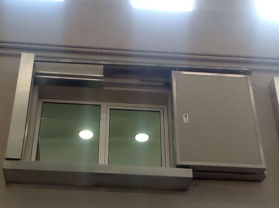 Puertas cortafuegos correderas para ventanas 120 minutos al fuego certificadas