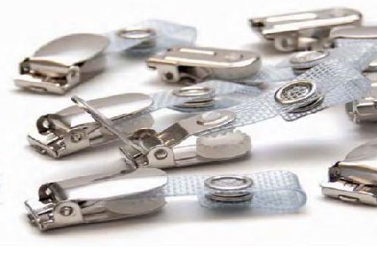 Clips metálicos con correa de vinilo: Productos de Solutar - Soluciones de tarjetas