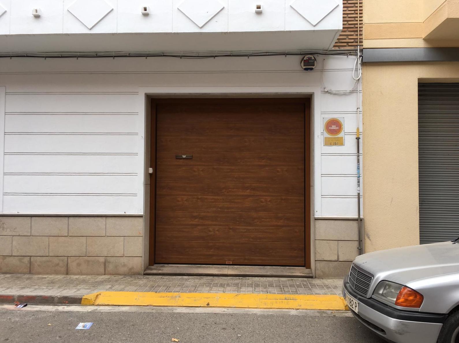 Foto 3 de Puertas de garaje en  | Portaloy