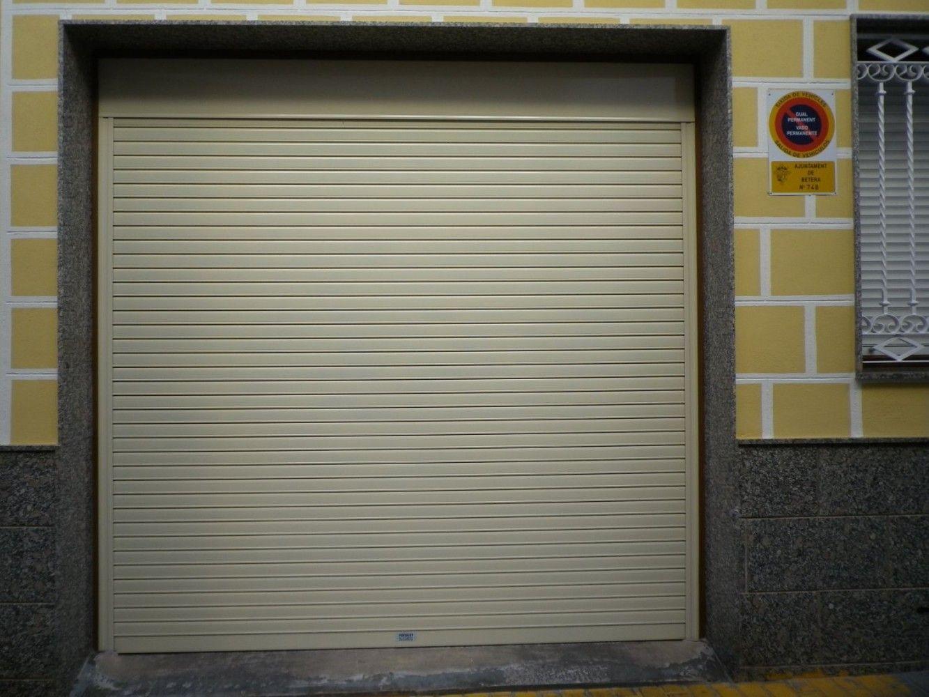 Puertas enrollables: Productos y Servicios de Portaloy