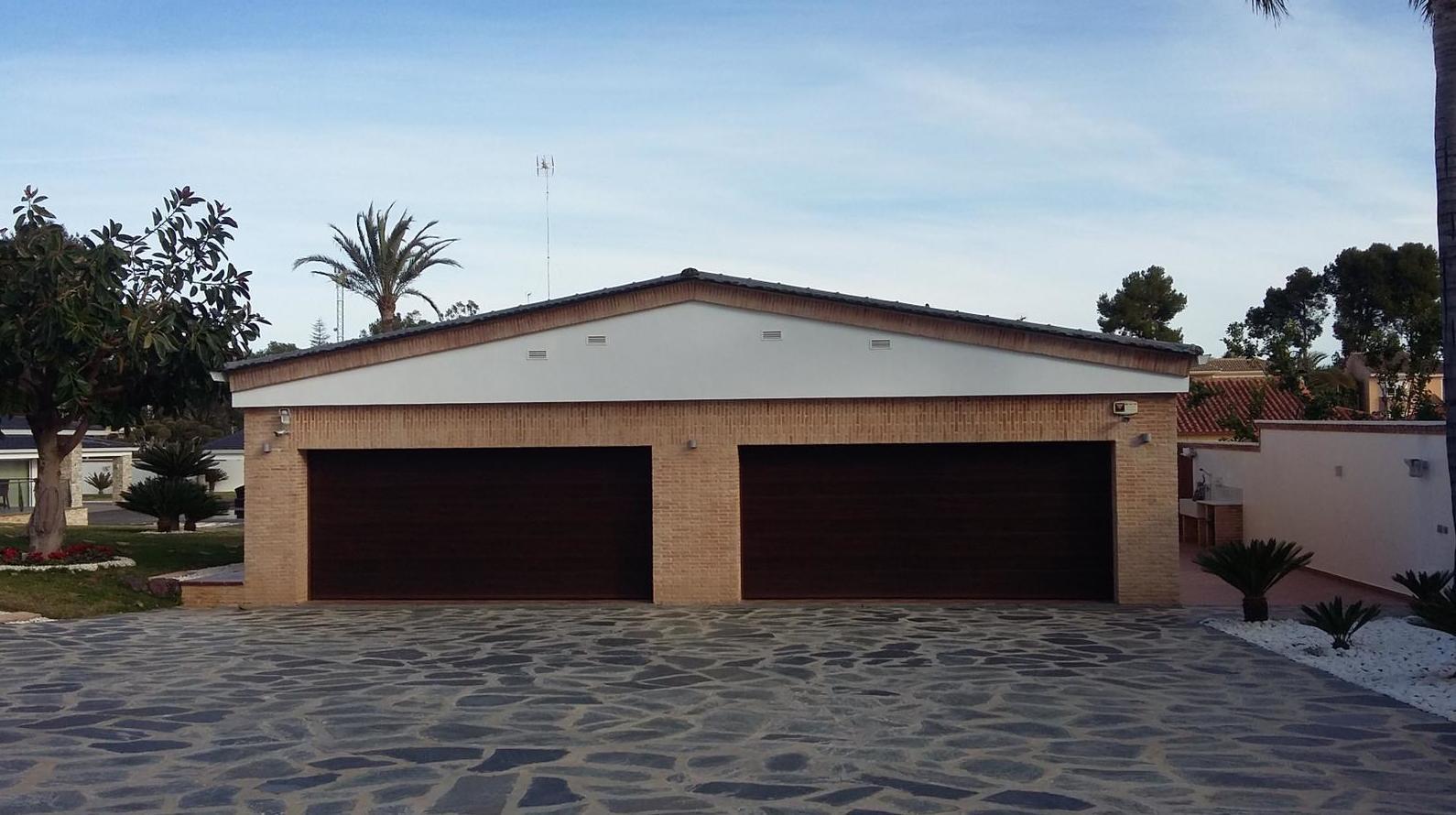 Foto 17 de Puertas de garaje en  | Portaloy