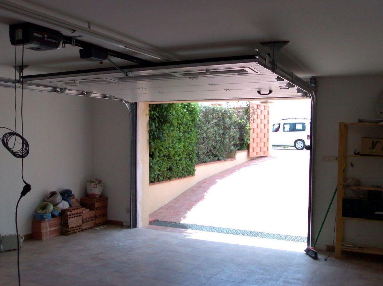Monitorización de puertas: Productos y Servicios de Portaloy