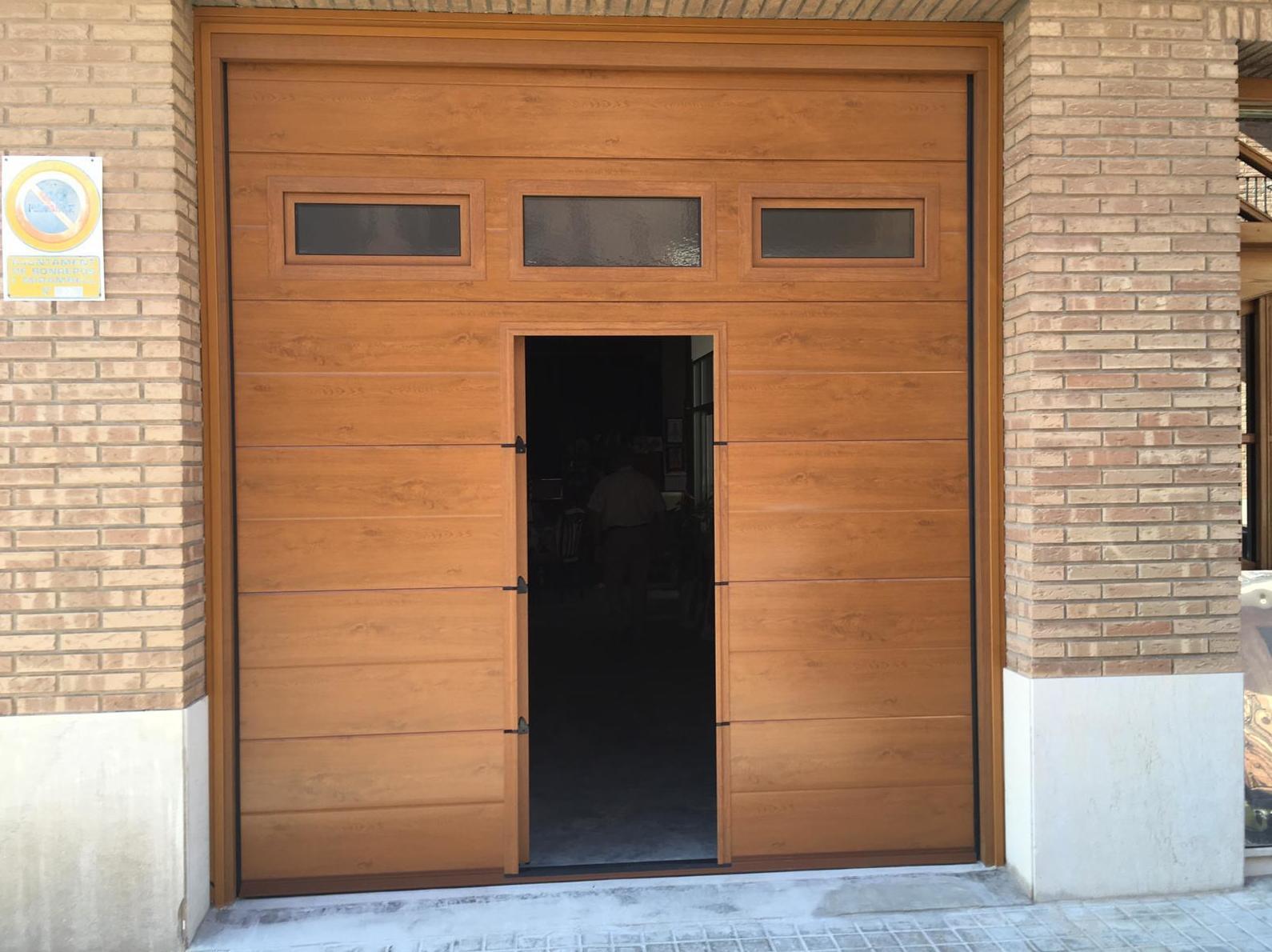 Foto 9 de Puertas de garaje en  | Portaloy