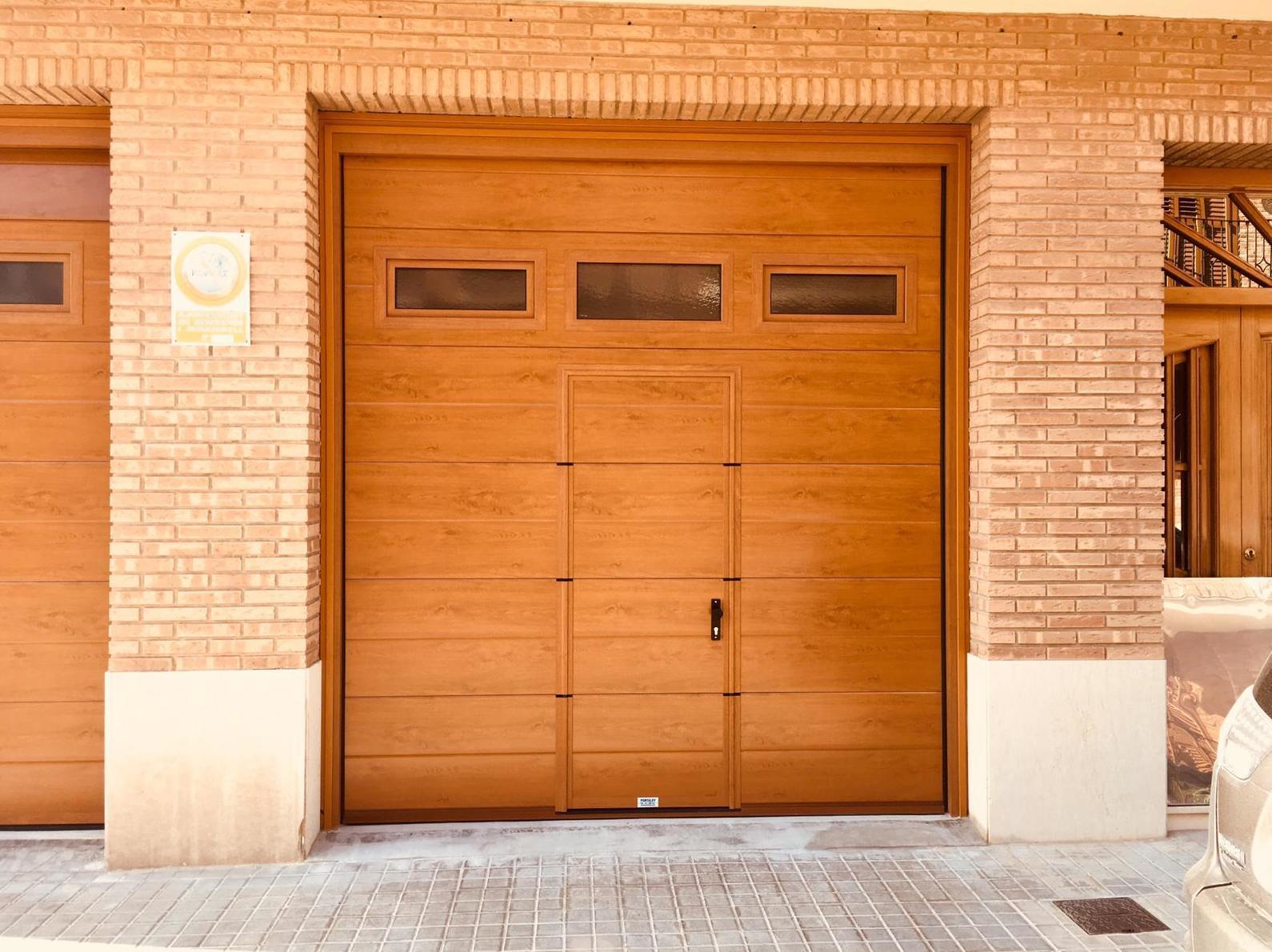 Foto 10 de Puertas de garaje en  | Portaloy