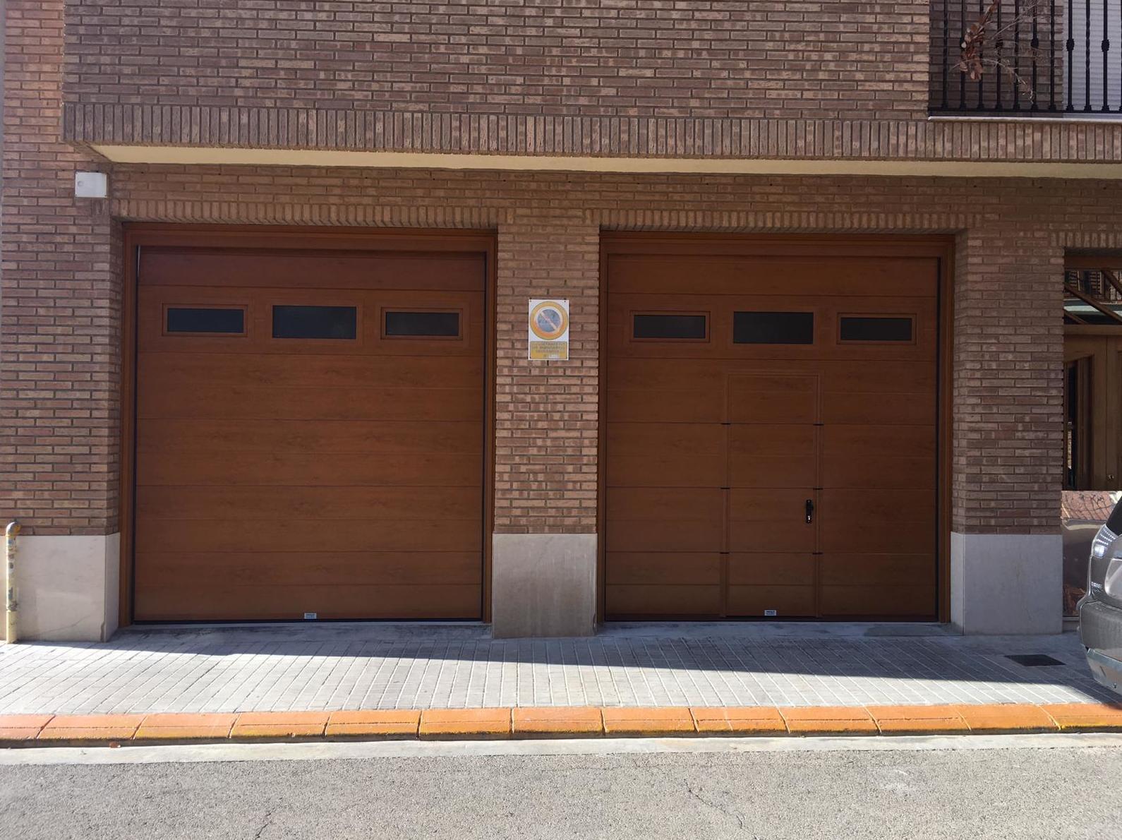 Foto 11 de Puertas de garaje en  | Portaloy