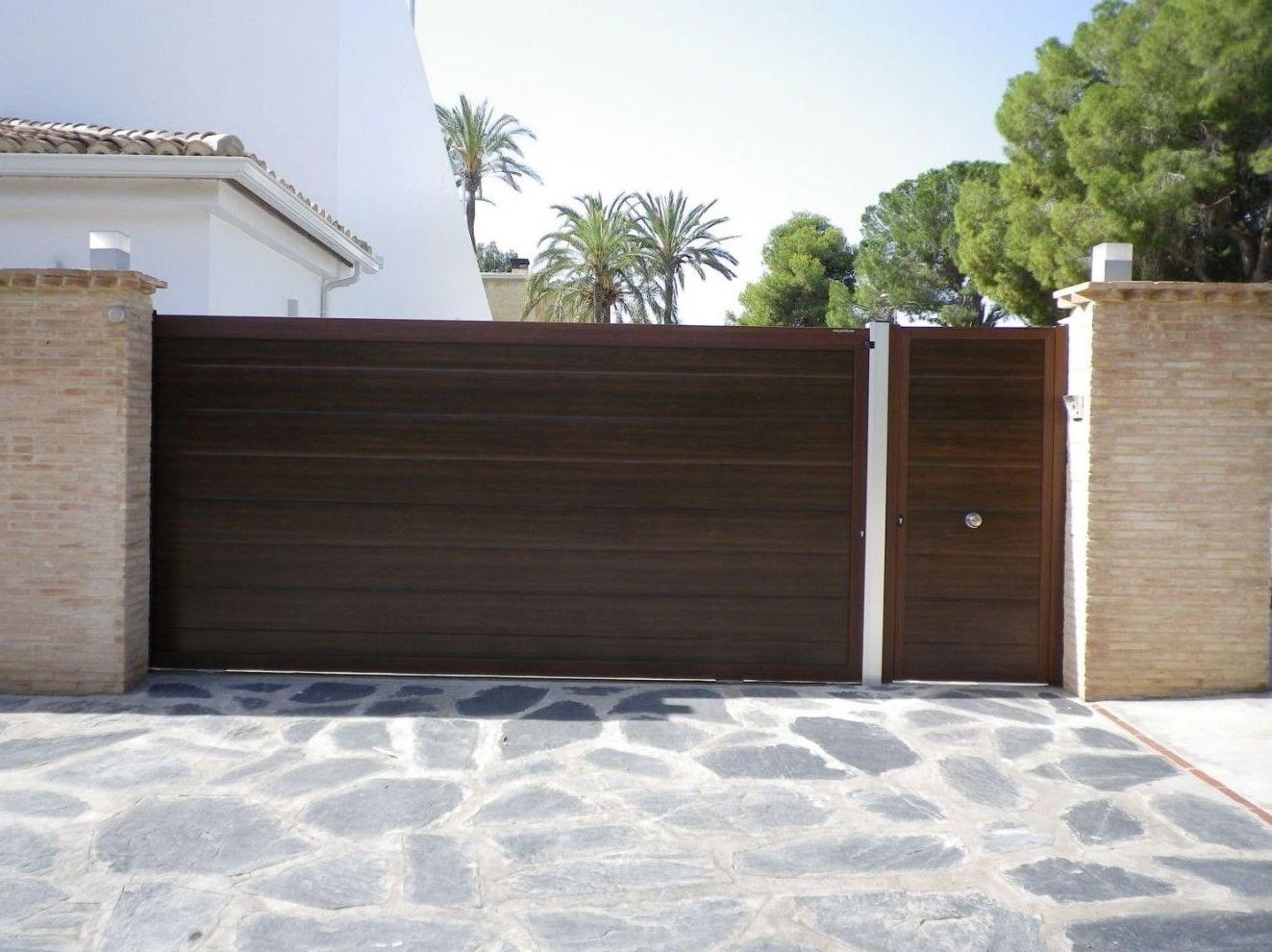 Puertas correderas de panel